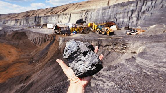 政治的圧力が疑われる石炭供給業者の選定