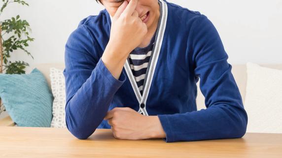 頭痛や吐き気を伴う「目の痛み」・・・原因は何か?