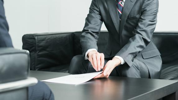 経営者のリテラシーも必要…有能な法人保険営業を見抜く方法