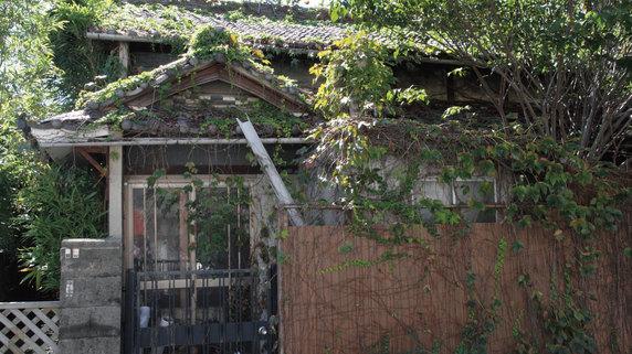 空き家の瓦や外壁の落下で怪我人が・・・所有者の責任は?