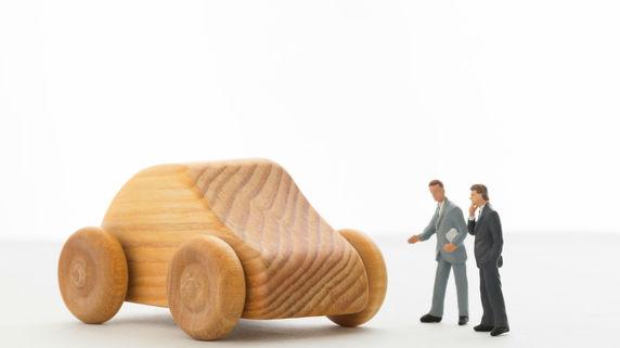 治療費と休業損害の打ち切りを図る保険会社の実態