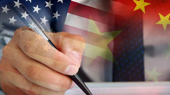 トランプ米大統領が中国に対し突然の「関税措置第4段」を表明