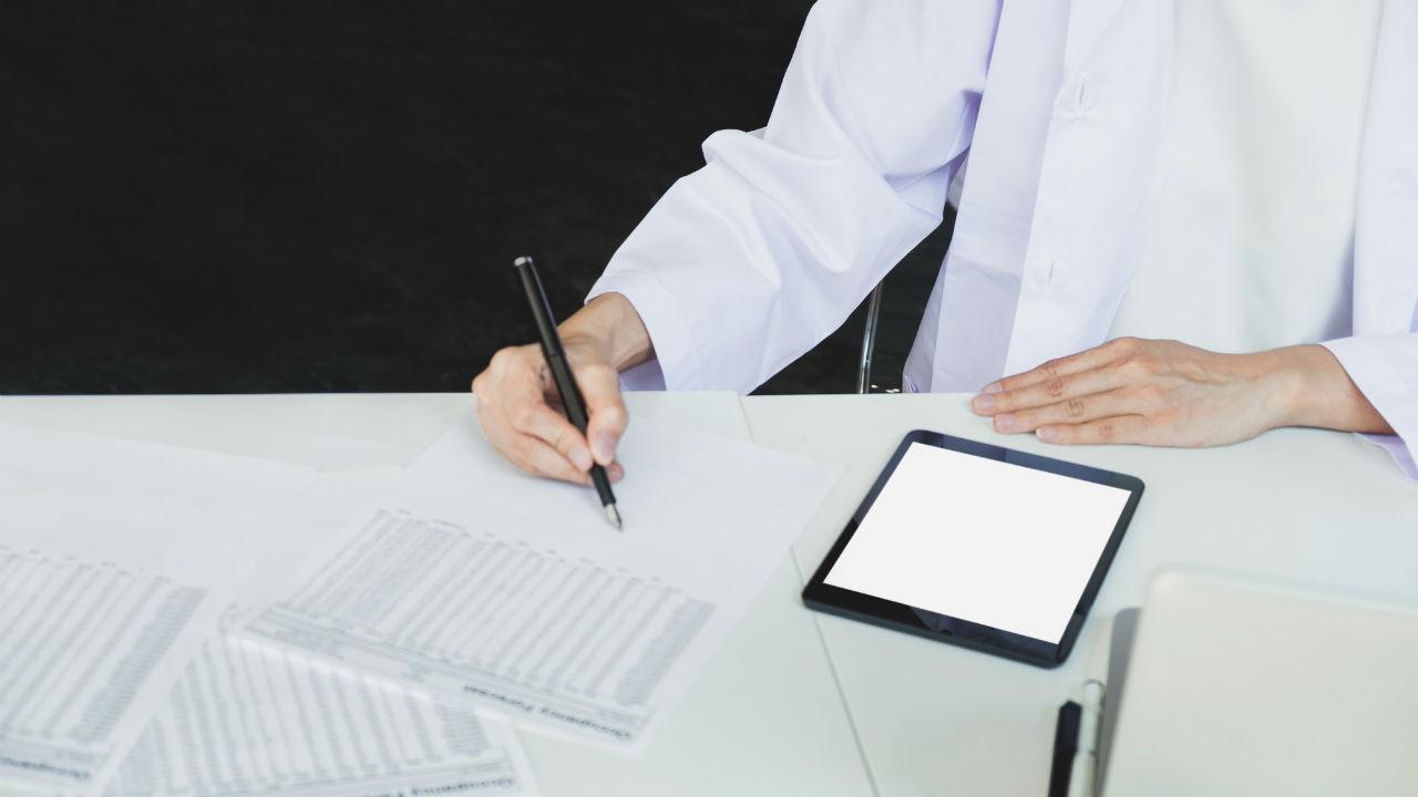 二極化する医師のキャリア選択…『白い巨塔』か?「開業」か?