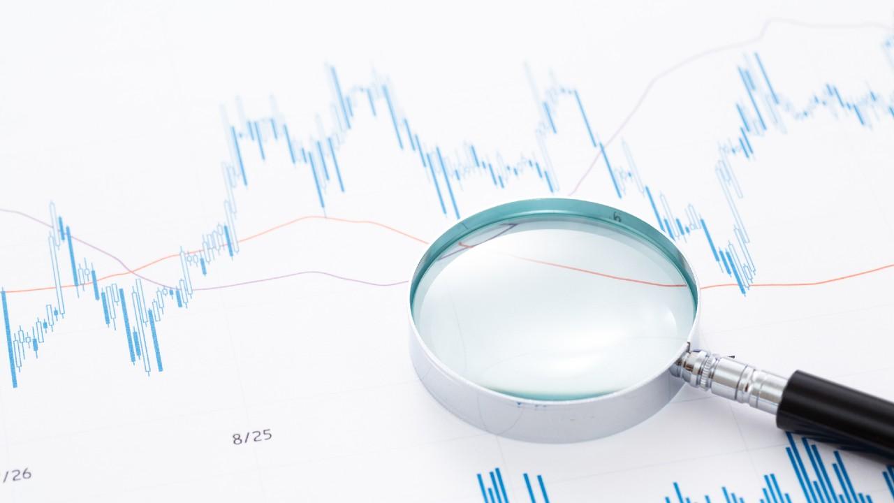 証券会社アナリスト予想を信じた個人投資家…結果、大損で後悔