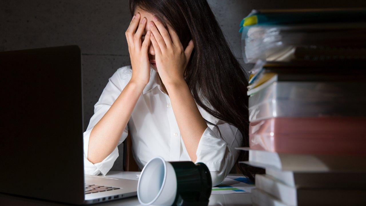 ミスが目立つ、仕事が遅い…実は「ストレスのサイン」かも。社会人のためのメンタルヘルスケア