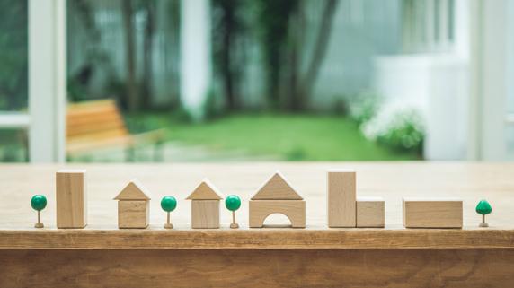 チラシ、SNS、口コミ…家づくりのための情報収集術