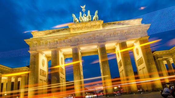 コール氏とシュレーダー氏 統一ドイツを牽引した二人の首相