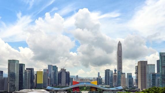 中国が「戸籍取得制限」を緩和…各都市の取得条件と取得状況