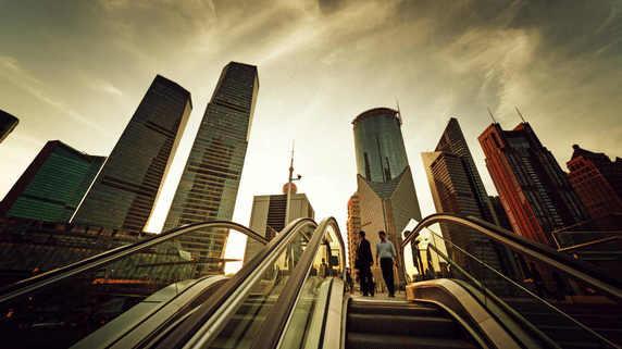 成長率目標は「引き下げ」られたのか、中国当局の真意とは?