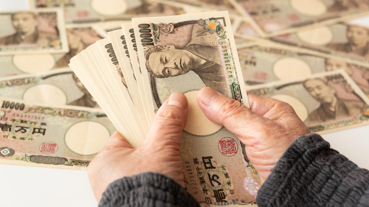 「誕生日プレゼントに毎年100万円贈与」は税務調査の対象?