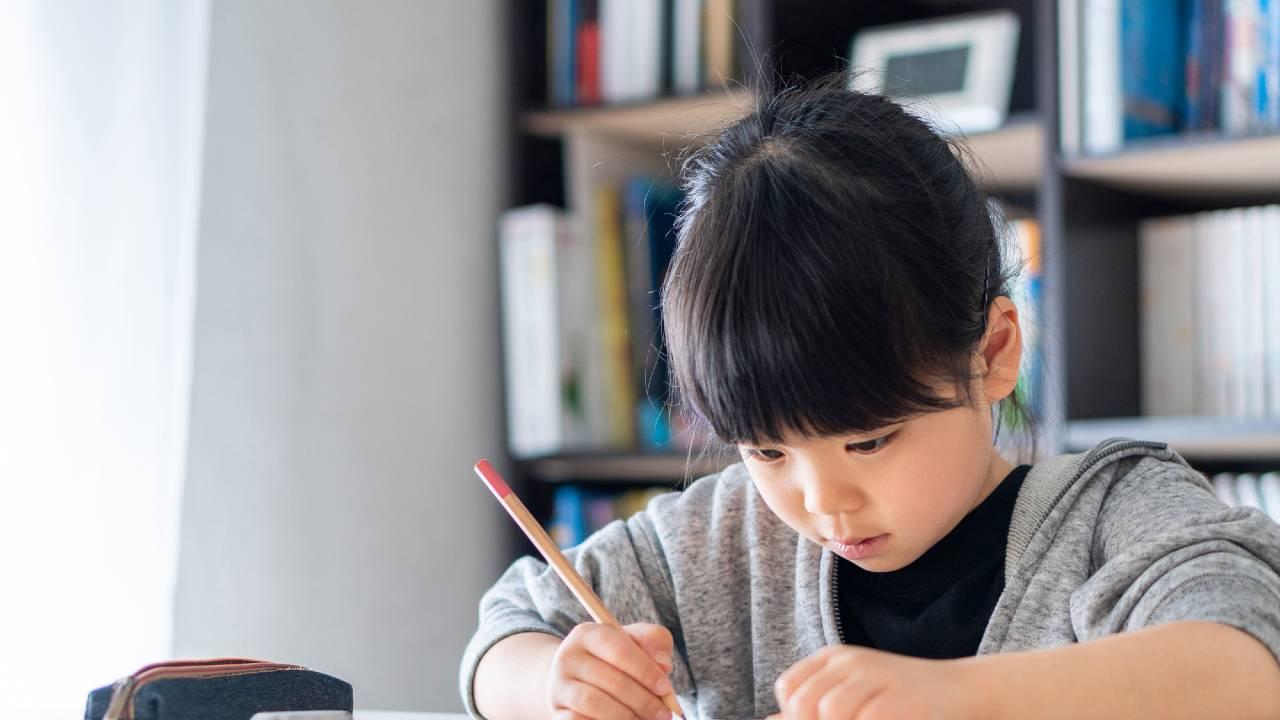「まじめにコツコツ勉強する子」の成績が伸びない根本的な原因