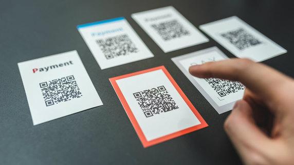 PayPay、SBI子会社のマネータップと提携!アプリ決済発展へ