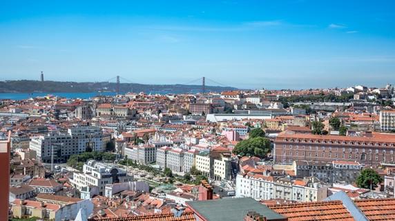 富裕層に人気のポルトガル「ゴールデンビザ」…投資条件変更へ