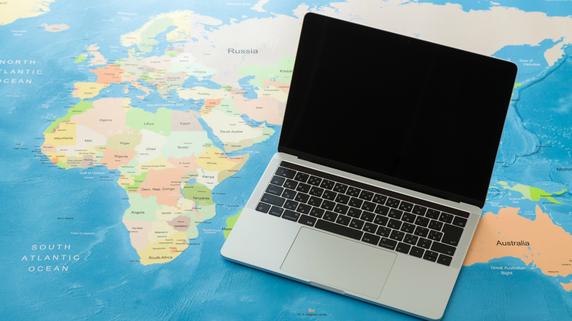 海外での業務システム構築…知っておくべき税制・法制度とは?