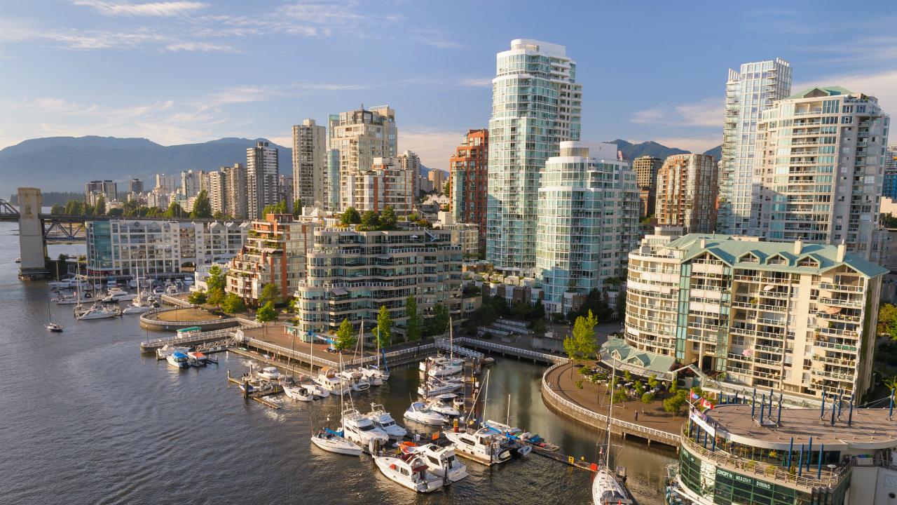 米国に近いカナダ中銀だから、市場の見方を学ぶ