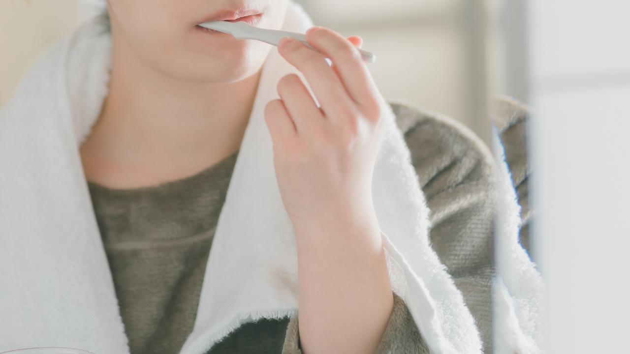 歯科医が「チーズを食べたら30分は歯磨きするな」という理由