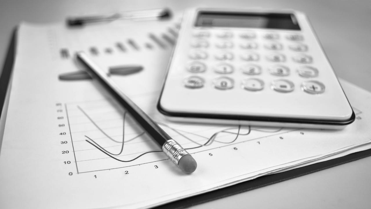 事業承継の計画策定・・・検討すべき5つのポイントとは?
