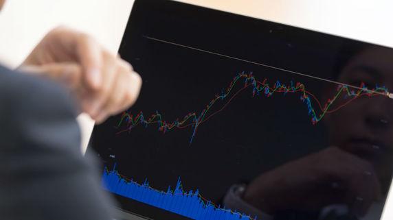 特に難しいのは短期運用!? 「株式トレーダー」の仕事内容