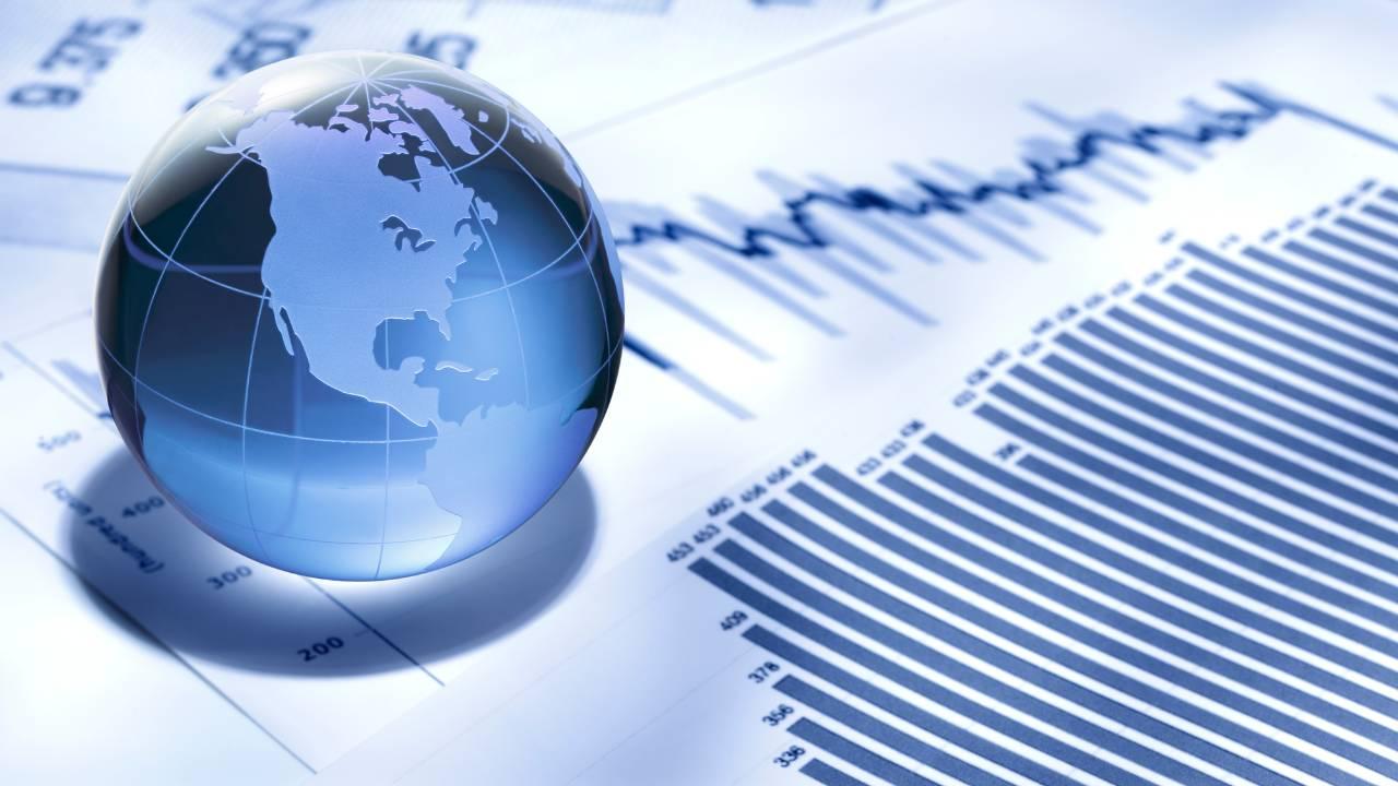 IMFの世界経済見通し、回復を想定も下押し懸念強いか