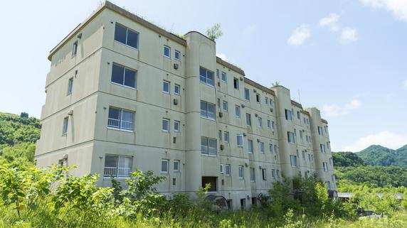 アパートのままか、更地か・・・収益物件を有利に売却するには?