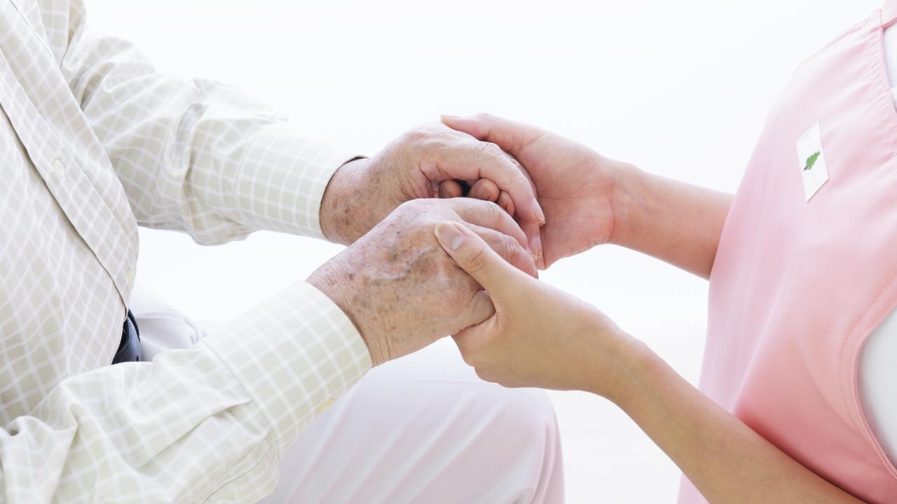病に倒れた独居の高齢者・・・地域福祉相談窓口に何が頼める?