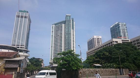 スリランカ国有銀行の歪んだ利益構造