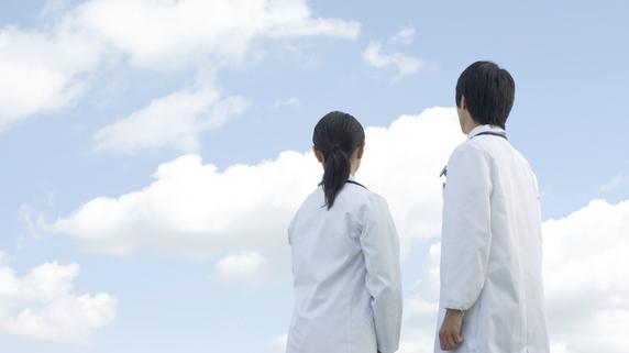 ドクターの不動産運用――法人化のタイミングとは?