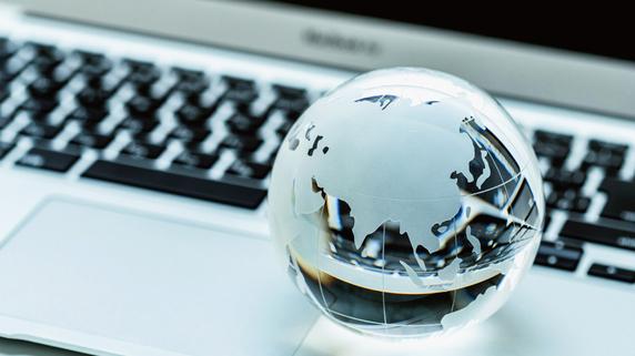 投資商品としての「生命保険」と「海外投資信託」の概要