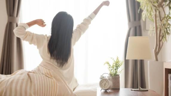 何度も目覚める「分割睡眠」でも、リフレッシュは可能か?