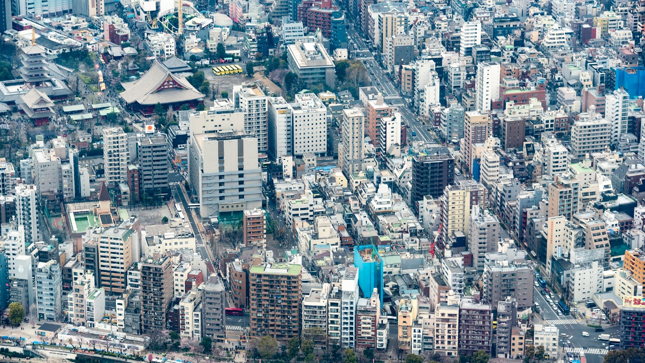 九州の広さが所有者不明…空き家・空き地の経済損失は6兆円