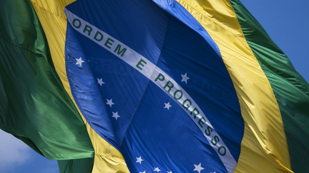 高い期待を背景に、ブラジル大統領就任