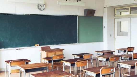 「なぜ悪いのか分からない」中2男子「ピアス登校」で学校紛糾