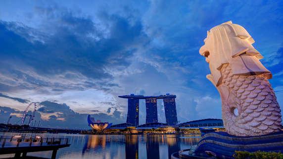 少子高齢化でも続く経済成長…シンガポールと日本の違いは何か