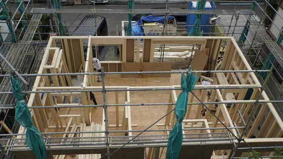 恐ろしい…新潟県にある「古い木造住宅」を襲った辛すぎる現実