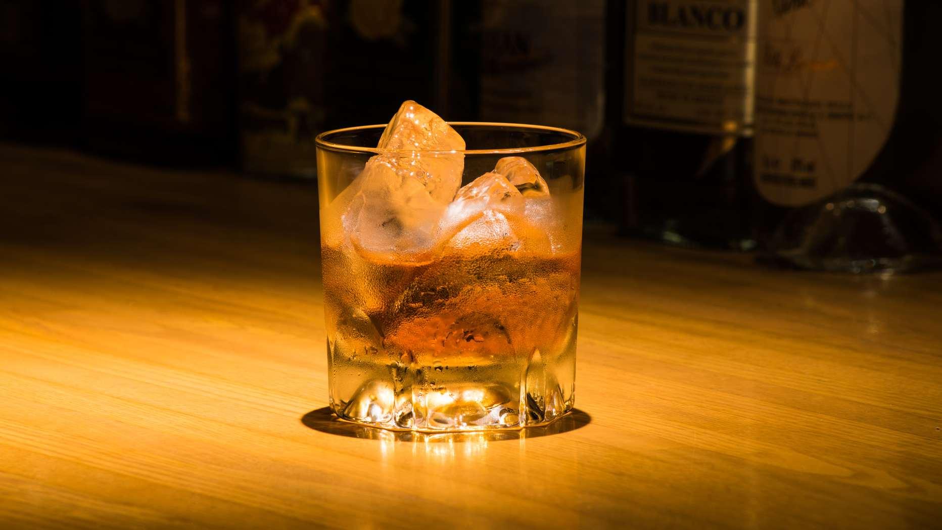 ウイスキーが「貨幣」として扱われていた…今聞くと怖い理由