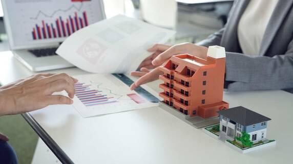 「資産管理会社」を活用した相続税対策…メリットとデメリットを税理士が解説