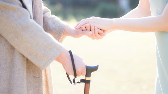 親の介護や看病への貢献度を相続分に反映させるには?