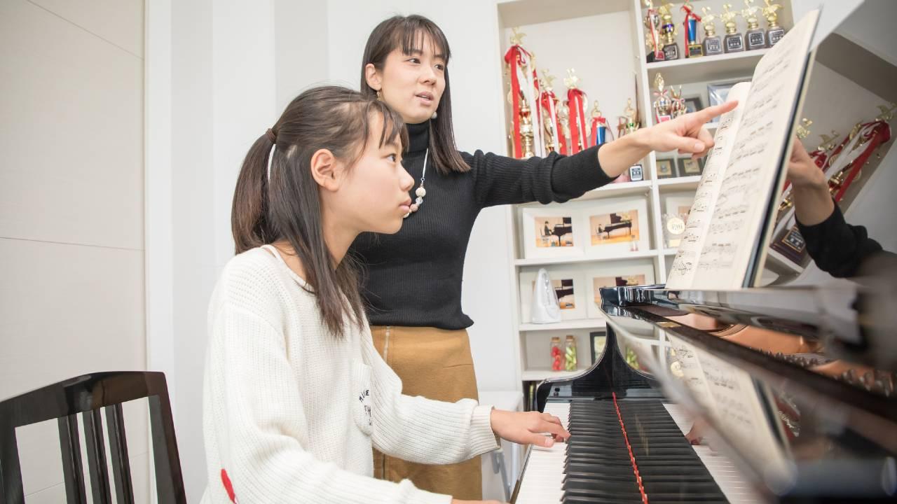 小学6年生「ピアノを習いたい」…始めるには遅すぎですか?