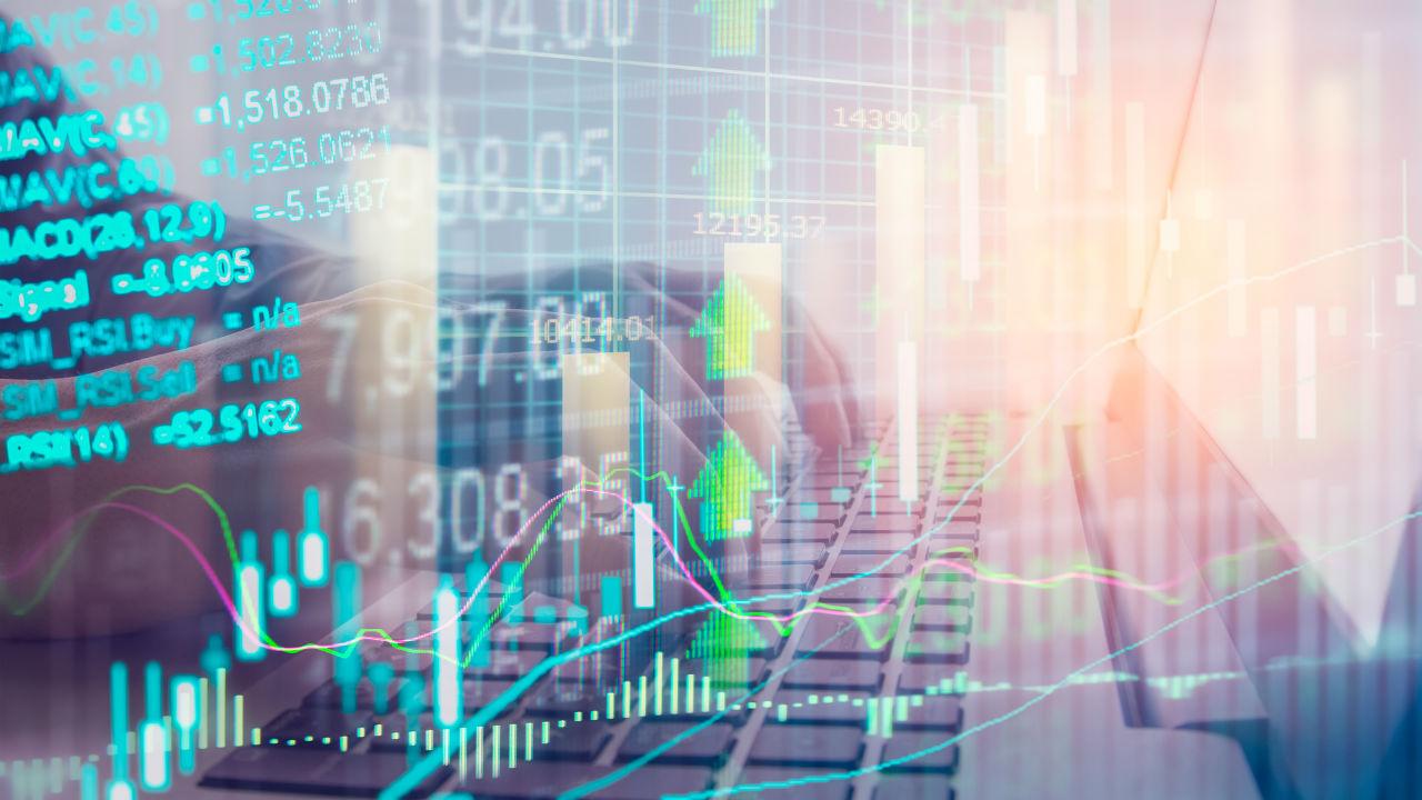 株式市場は高値更新、インド準備銀行は追加利上げへ