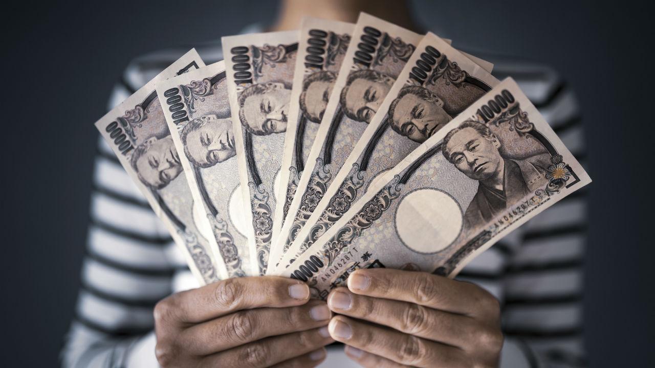 無職妻、禁断の錬金術も…夫「貯金500万円が2万円になった」