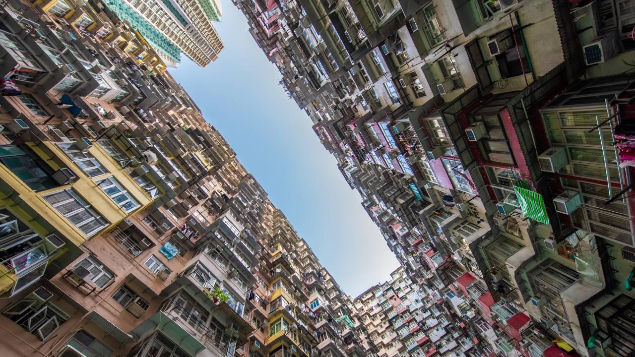 香港、国安法の施行で「国際金融センター」の役割はどうなるか