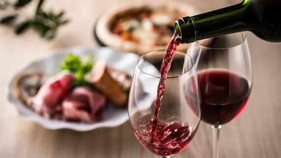 BYOとは?レストランに「ワインを持ち込む」ときのお作法5つ