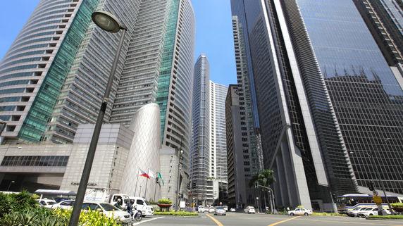 フィリピン経済の中心「マカティ」…投資先としての魅力とは?