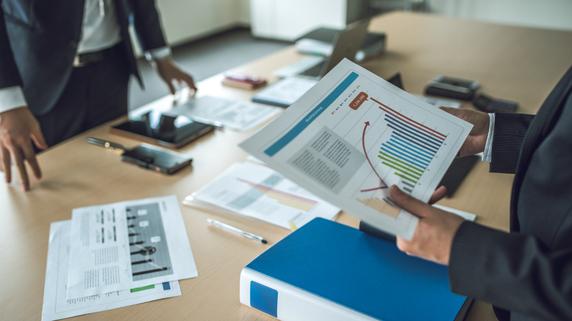 分散した自社株式を信託の活用で後継者に集約する方法