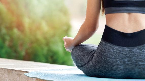体幹や下半身を鍛える基礎的な運動療法&ストレッチ②